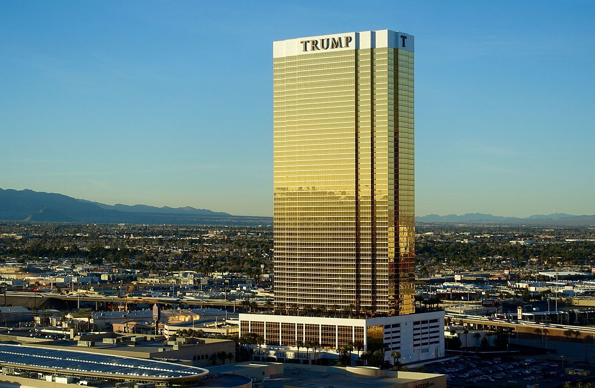 Trump_International_Hotel_Las_Vegas.jpg